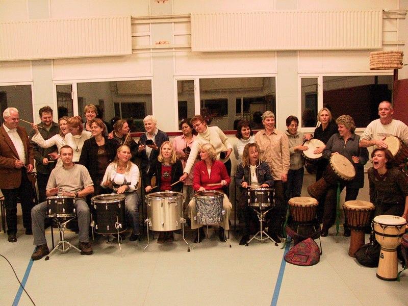 Mogelijkheden voor Energizers en workshops, percussieworkshop, djembe workshop op locatie