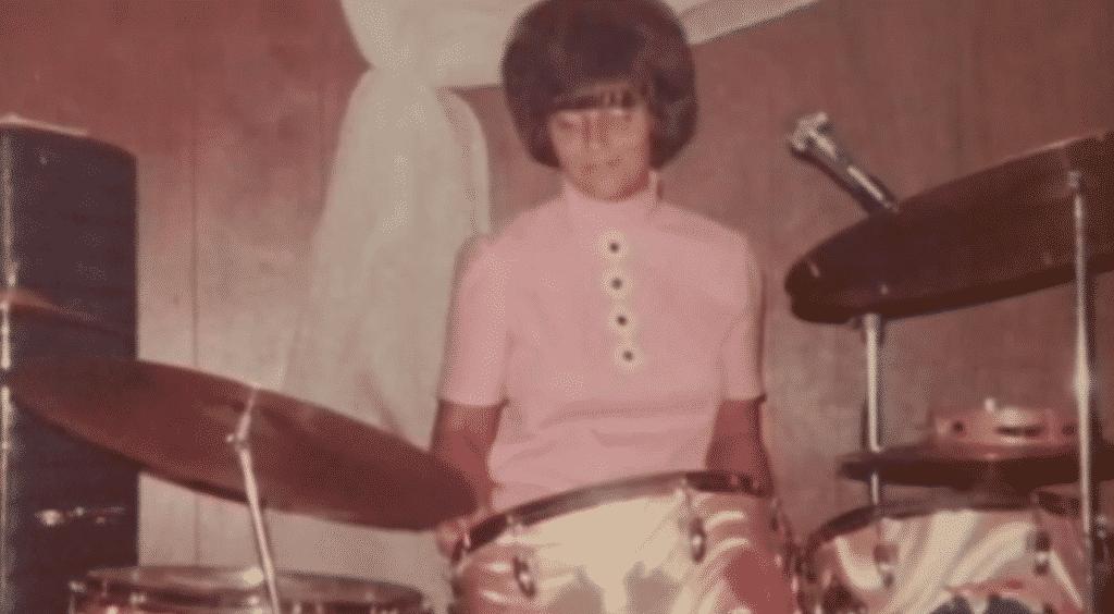 oma kan drummen