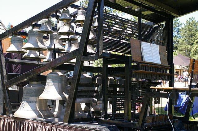 Carillon.Carillion
