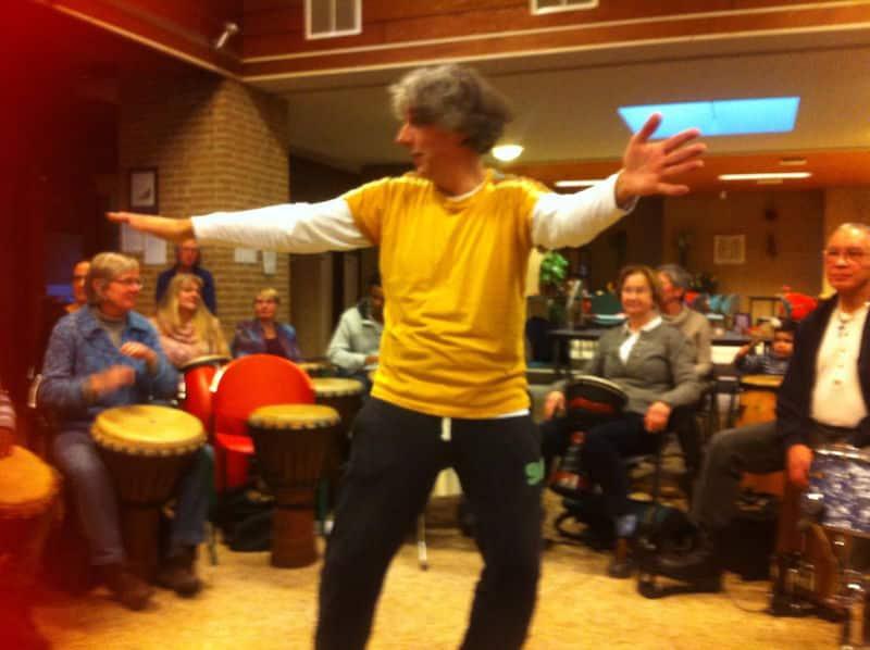 Facilitator Hans Beenhakkers - drumhappening - drumcircle-workshop