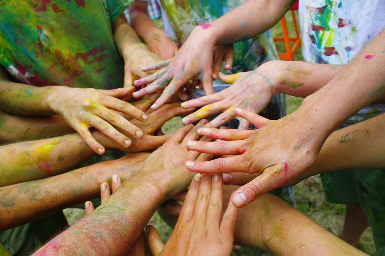 teambuilding - team building - handen - hands
