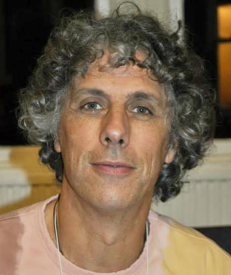 Hans Beenhakkers, Drum Circle Facilitator, Percussieworkshops